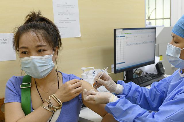 山东全省新冠疫苗接种剂次破亿 各地贴心举措暖人心