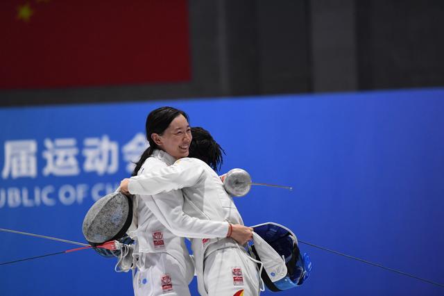 山东第33金 孙一文率奥运组合夺得女子重剑团体冠军