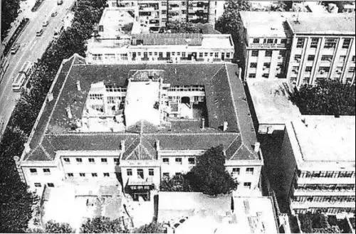 上世纪90年代被拆除的铭新池老照片(图片来源于网络)