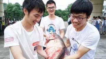 为给高三生加餐学校捞了400斤鱼