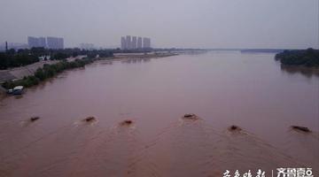 黄河今年3号洪水临近济南 洪水汹涌大家离黄河远点
