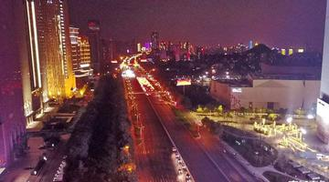 点亮泉城 航拍济南东部的夜色正越来越亮