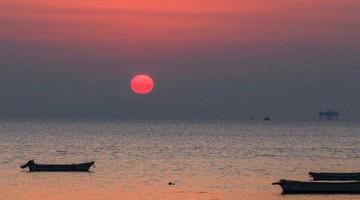 送给你 2020年烟台渔人码头第一缕晨光