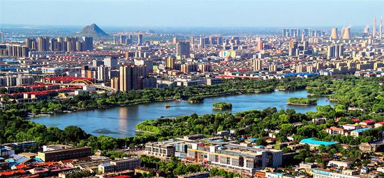 林志辉:明湖美景