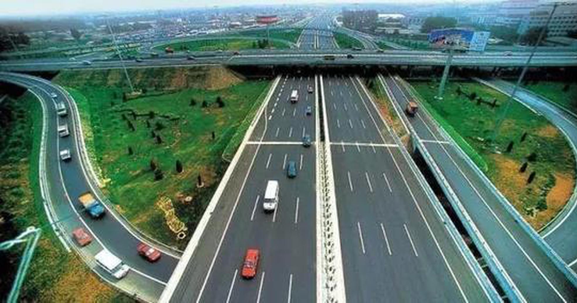 滨莱高速改扩建 青兰高速东阿至聊城力争10月份通车