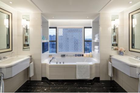 王府半岛酒店-北京套间浴室