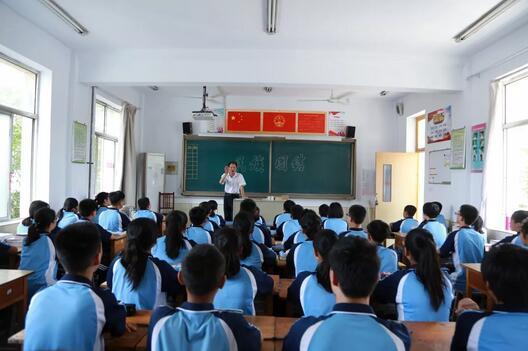 好生中学开展集中宣讲活动