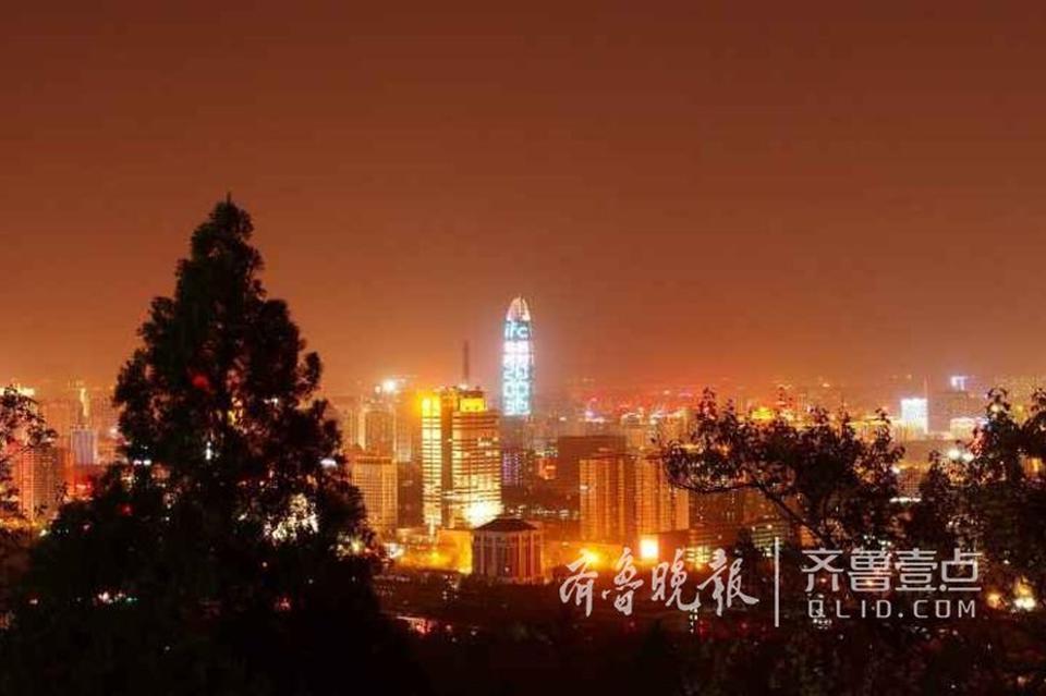 俯瞰济南夜色直追香港