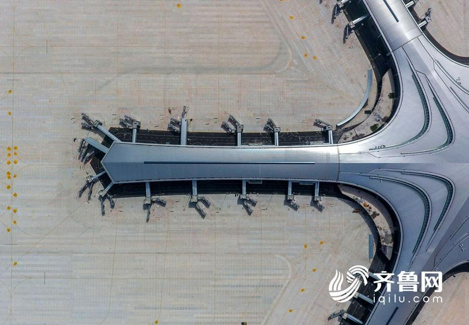 来康康即将正式启用的青岛胶东国际机场