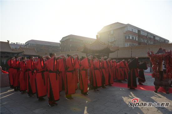 2017全媒体年度汉字评选,在济南府学文庙举行揭晓盛典