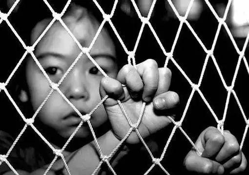 淄博7岁女童 遭父亲软禁5个月 原因是啥
