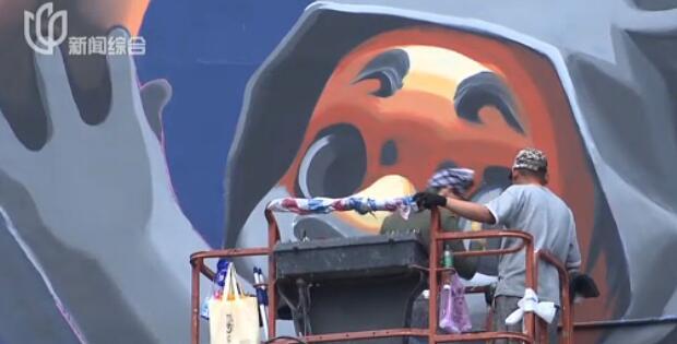 视频:四平路25栋彩绘楼亮相 市民:像童话世界