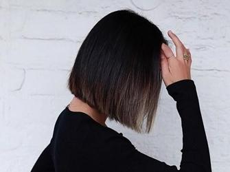 剪一款充满时髦感的短发