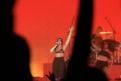 DuaLipa演唱会保安脚踹歌迷 上海警方:两人被拘