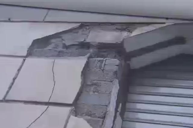 德邻公寓在被承租方改建的过程中,一些重要的保护部位遭到了严重损毁。