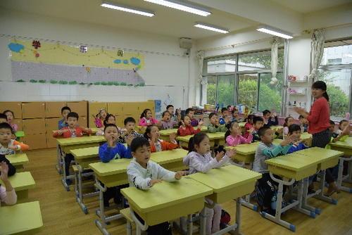沪705所小学开设延时服务 有学校实施教职工弹性上班制