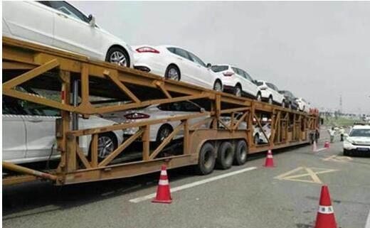 我国汽车花费市场再迎利好 部分企业调低车辆售价