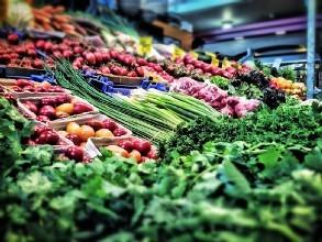 申城蔬菜进一年中最便宜时间 2斤青菜只卖1.5元