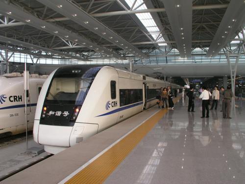 上海铁路三大客站找回106名走丢孩子 铁警发布提醒