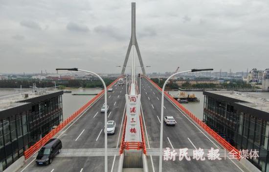 昆阳路越江大桥通车:5分钟过江人非通道预计年底开放