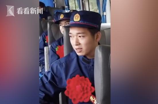 上海一新入职救火员含泪与家人拜别 女儿:爸爸你很棒