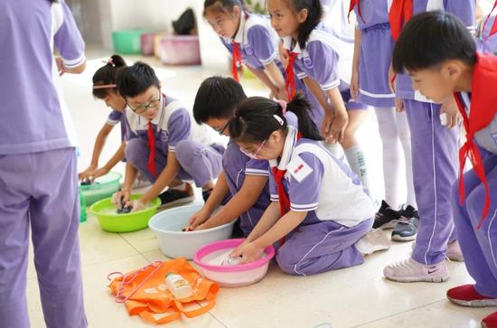 上海探索构建新时代劳动教育体系 让学生在劳动中成长
