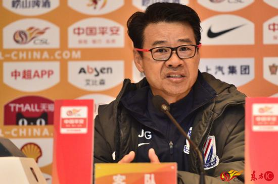 图说:吴金贵在赛前发布会 官方图