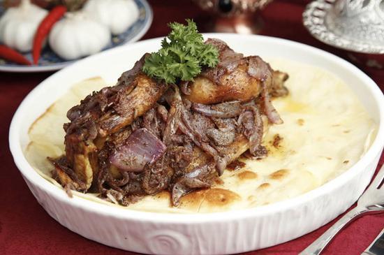 图说:MAKAN迪拜餐厅的秘制约旦烤鸡
