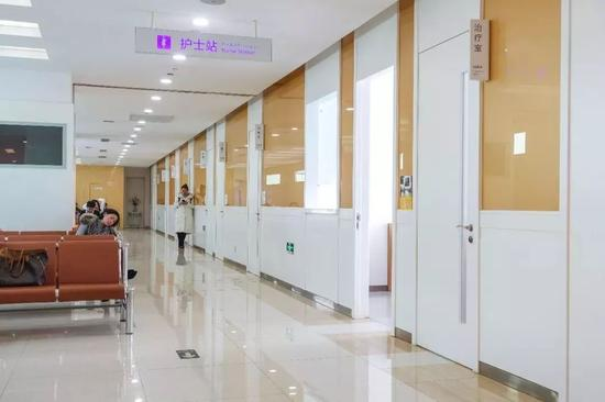 △ 诊室通道