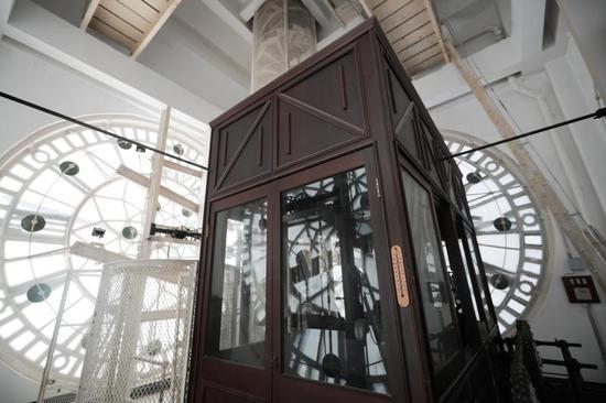 上海海关大楼内的钟楼机芯房。(海沙尔 摄)