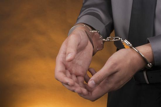 前员工PS上海迪士尼假门票半价出售 因涉嫌诈骗罪被捕