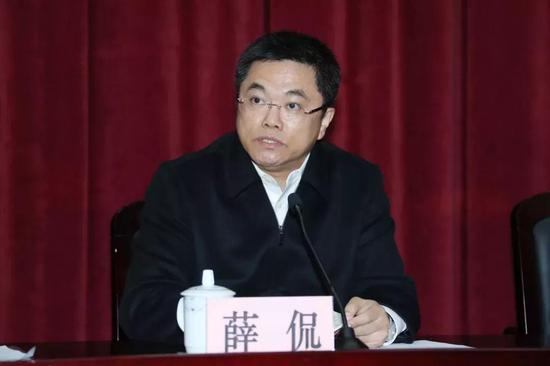 中共杨浦区委委员、常委、副书记薛侃