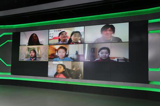 """""""小学生课文朗读大会""""展演线上征集活动云启动。 上海语委办供图"""