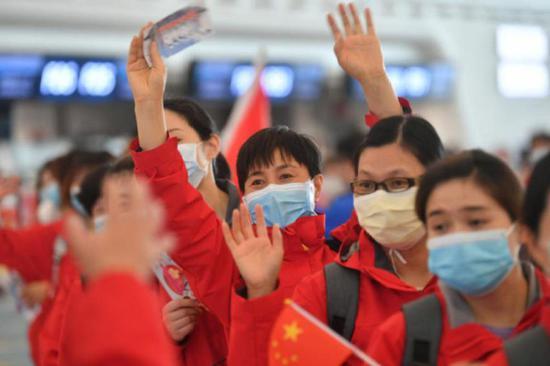 上海支援武汉民营医疗队隔离期满