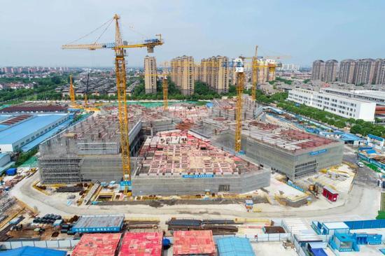 新场综合医疗卫生中心有新进展 计划8月底结构封顶
