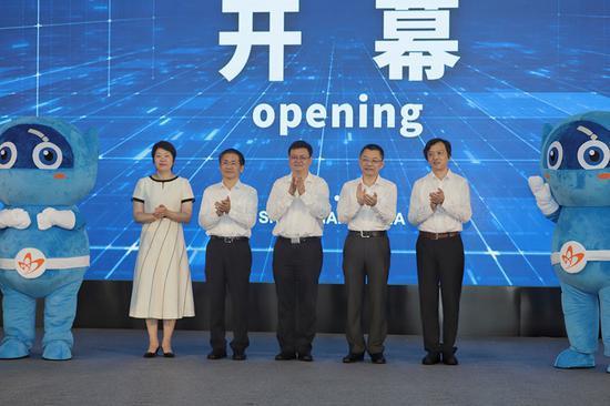 第八届青博会开幕现场 本文图片均由 何思哲 、陈德祥 摄