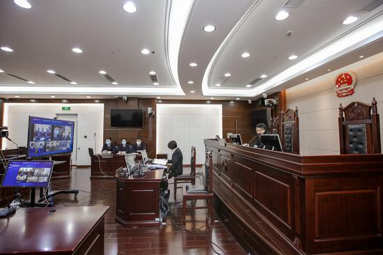 上海三中院首例走私刑事附带民事公益诉讼案宣判 五人获刑
