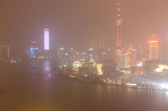2020年12月11日19时,陆家嘴实景照片。 本文图片均为上海市生态环境局官网 图