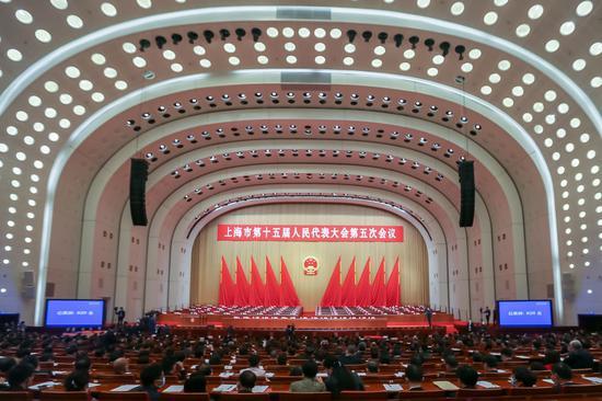 上海市第十五届人民代表大会第五次会议开幕式 新华社记者王翔摄