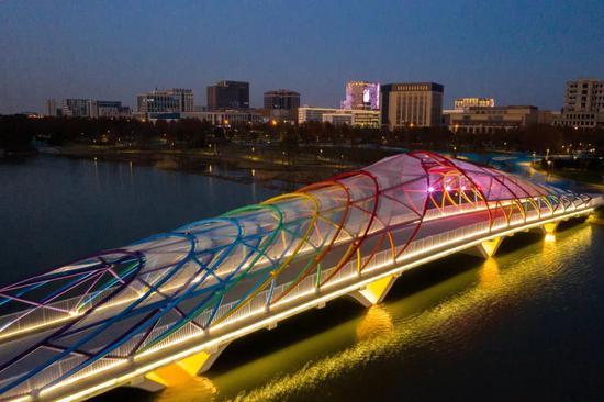 临港新片区景观灯光工程全面升级 一大波夜景美图来袭