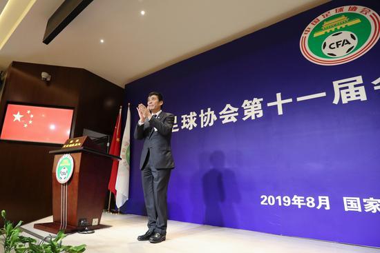 足协主席陈戌源:10月组建职业联盟 严控引进归化球员