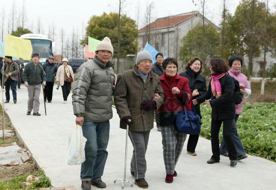 上海市户籍老年人口规模不断扩大