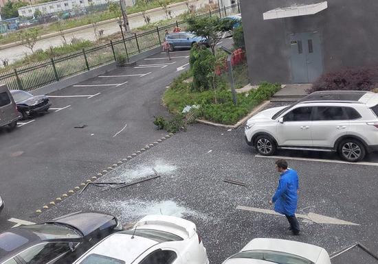 闵行区一公司疑似操作不当发生闪爆事故 致一人受伤