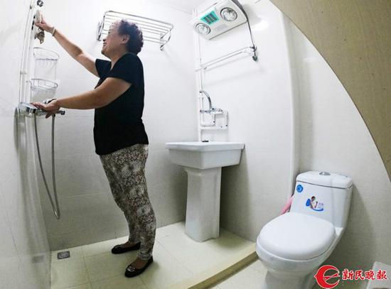 图片说明:石库门房子有了卫生间!种楠摄