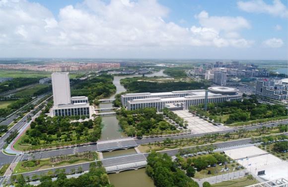2020临港386范围内全口径工业总产值1703亿 同比增39%