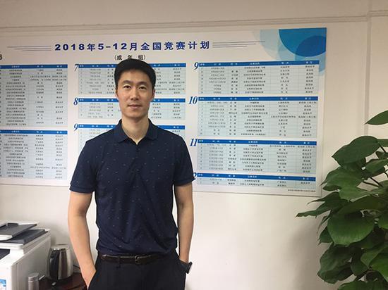 2018年5月底,王励勤在上海市体育局接受采访。4月份,他刚刚上任上海市体育局竞体处处长。