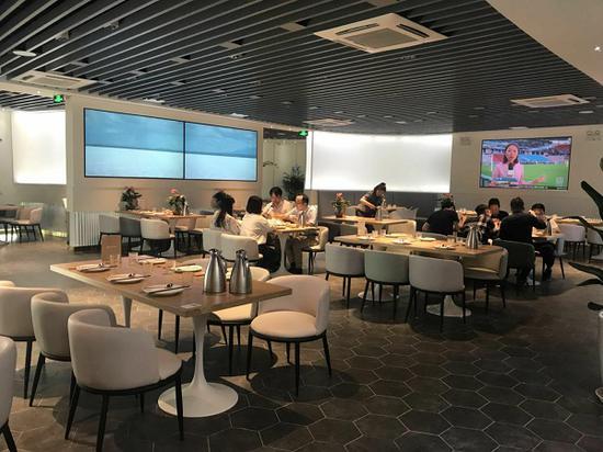 图说:共享餐厅大堂来源/裘颖琼 摄