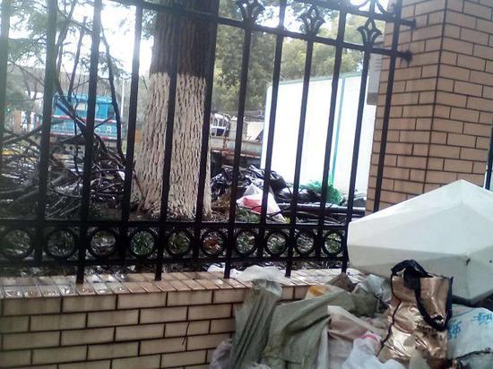 市平易近被物业收1500元建筑垃圾清运费 比当局指导价高3倍