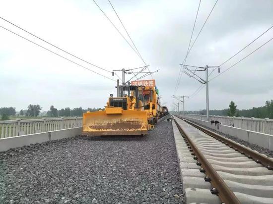 上海铁路工程迎新突破 往返周边城市时间将大幅缩短