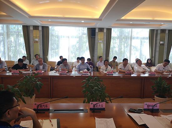 上海今年98名出租驾驶员被吊证 21家出租车企业被约谈